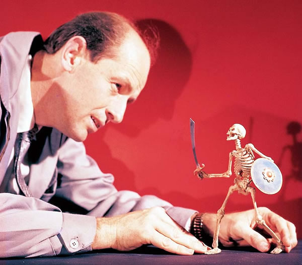 Ray Harryhausen and squeletton
