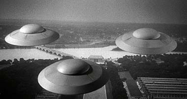 Earth vs the Flying Saucers still 1